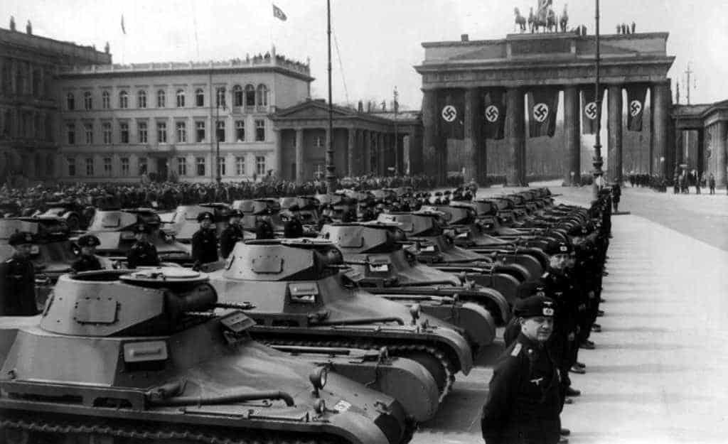 А если бы археологи 19 июня 1941 года не выполнили приказа Вождя народов, то в какую бы сторону 22 числа повернули все 180 дивизий Вермахта, уже стянутые к границам СССР?