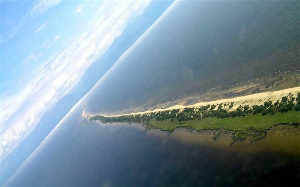 Остров Ярки вид с самолета